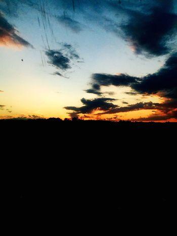 Enjoying Life Hello World Hi! Beautiful улица вечер Beaytu красиво Look Cool татарстан Like Followme Russia Россия Photo арск Sky небо облака Sunset Sun Закат закат🌇
