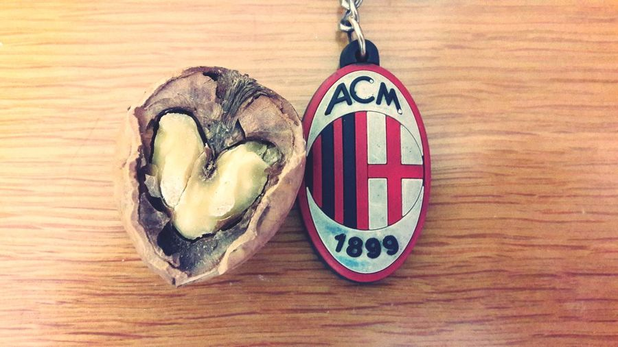 passione Love For Photography Love For Football Ac Milan Passion Rossoneri Hobbies Campo Semplicity EyeEm Selects Table Wood - Material Close-up