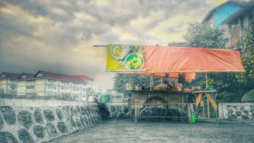 What I Value Angkringan Foodtruck Sky Jogjakarta Snapshots Of Life Yogyakarta Story Chilling Vacation Time