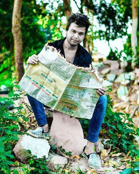 Burning News.. Photography Indiaphotography India Nikonphotography Nikon D7200 Iamexclusive Iamnikon Iamshutterbug Desi Portrait
