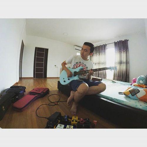 Imfeelinit Rock Blues Postrock guitar guitarsolo dude music prsguitars