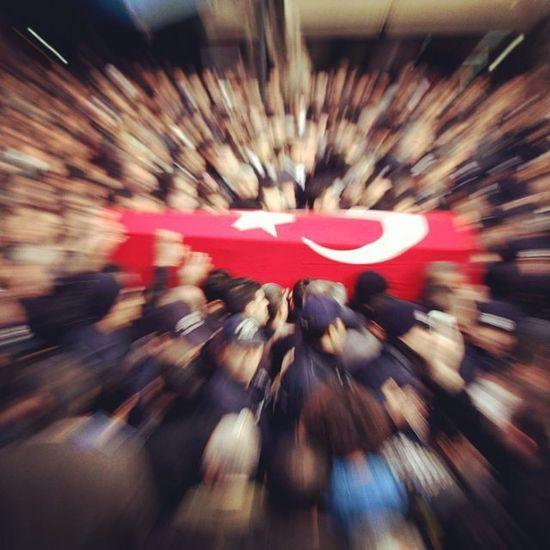 """Allah yolunda öldürülenlere """"ölüler"""" demeyin. Hayır, onlar diridirler. Ancak siz bunu bilemezsiniz. (Bakara / 154) Sehitler ölmez Vatan Bölünmez Türkiye Turk Türkei NeMutluTurkumDiyene TC"""