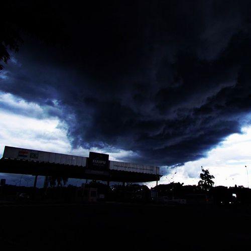 Storm Storm_inst Clouds Cloud Cloudscape Clouds_of_our_world Naturelovers Naturestyles Dark Darkness Itaipu ItaipuBinacional Nubes Tormenta Great_captures_brasil FozDoIguaçu Fozeassim Iguassucool