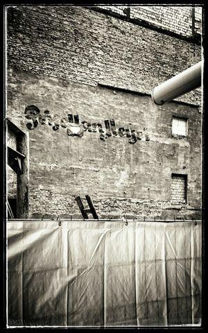 Streetphoto_bw Streetphotography Urbanphotography Schwarz & Weiß Black & White Architektur Damals