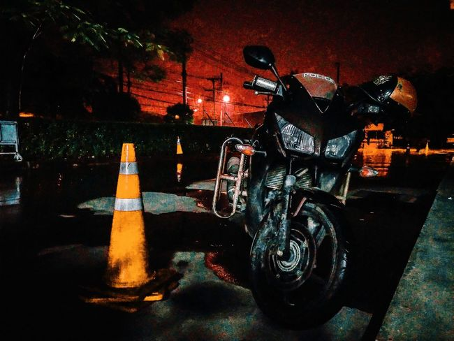 CBR 300 POLICE Thaipolice Thailand Police Cars Illuminated Bottle Drink Close-up
