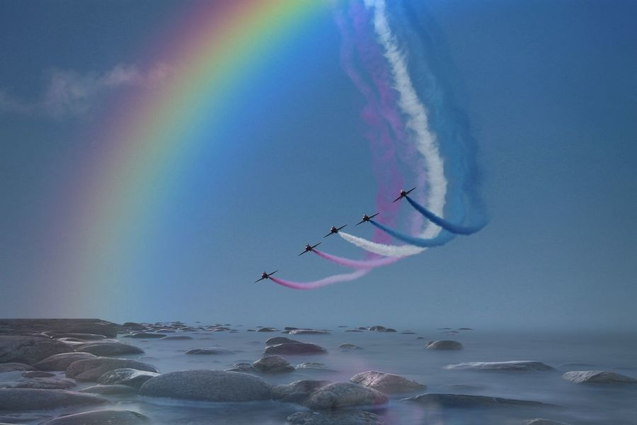 Flying Sea Photoarts Redarrows Reflections Drama Colourful Dream