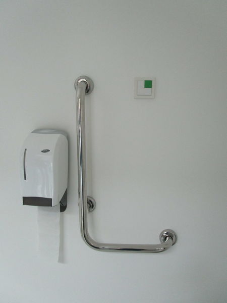 Barrierefrei Barrierefreiheit Bathroom Close-up Connection Copy Space Door Handle Indoors  Klo Metal No People Simplicity Single Object Still Life Studio Shot Table Technology Wall Wall - Building Feature White White Background White Color