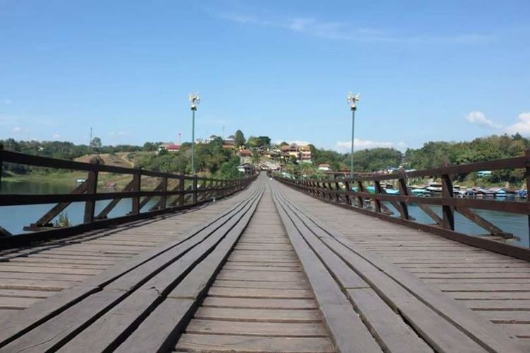 Travel Destinations Nature Bridge - Man Made Structure Footbridge Wood - Material Outdoors Landscape Wood Paneling Nature Morning Life Wood Bridge Bridge An Eye For Travel