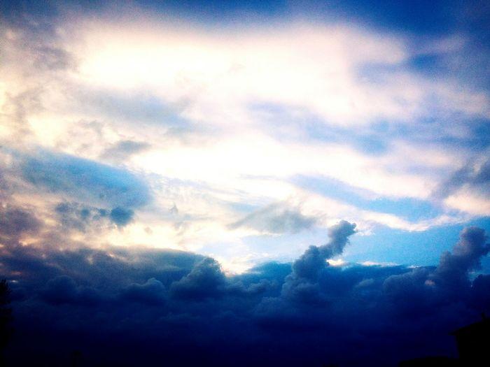 Bulutlar kadar özgür olsam.. Hello World