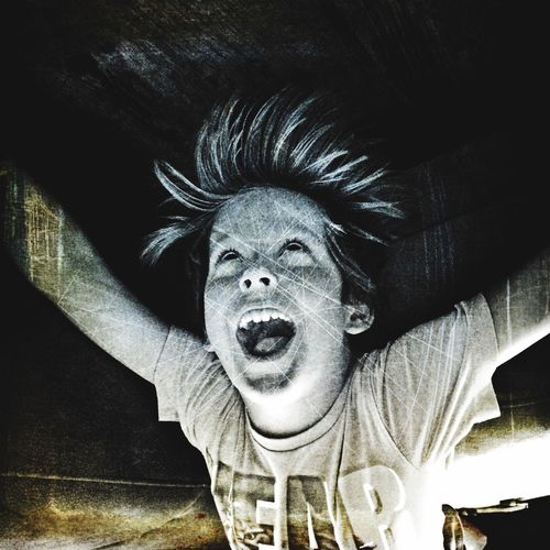 Sound Of Life Screaming crazy things, doing crazy things. Just kids Iphoneonly Scream Boy Upside Down Upsidedown Upsidedownit! Kids Kid Portrait Screaming Fun