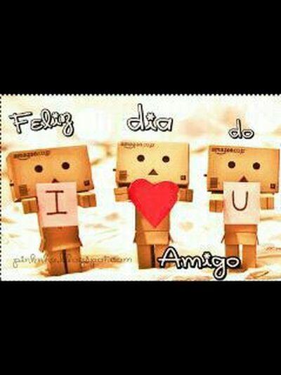 Feliz dia do amigo pra vcs!!! :3