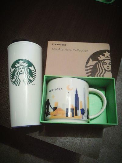 Tarde, pero llegaron y estoy muuuyyy feliz! Happy :) Starbucks Love