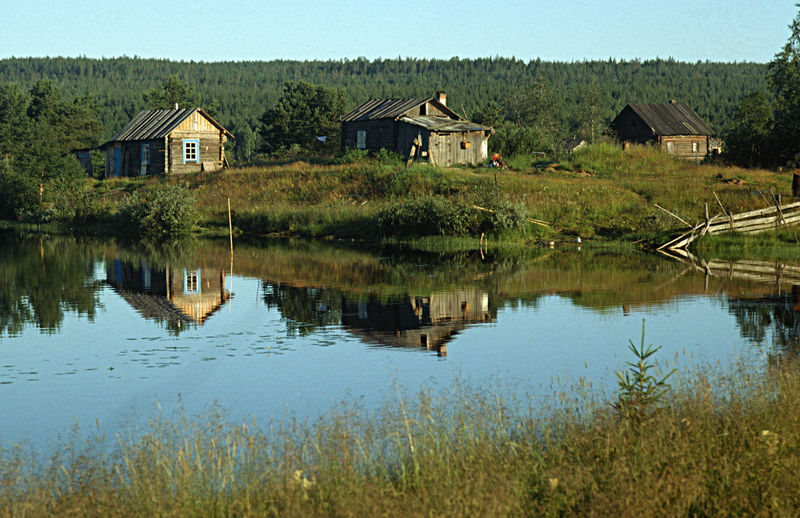 A Village In East Karelia, Russia Beauty In Nature Building Exterior Built Structure Country House Countryside Day House Lakeside Landscape Nature No People Old Houses In East Karelia, Russia Outdoors Residential Building Rural Scene Scenics Traditional Way Of Life Tranquility Water Waterfront