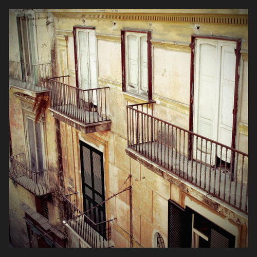 Architecture Italia Rome Rome, Italy Architecture Balcony Building Exterior Built Structure Day Fire Escape House Italy Italy❤️ No People Old Outdoors Photo Railing Residential Building Staircase Steps Steps And Staircases Street Streetphotography Window EyeEmNewHere