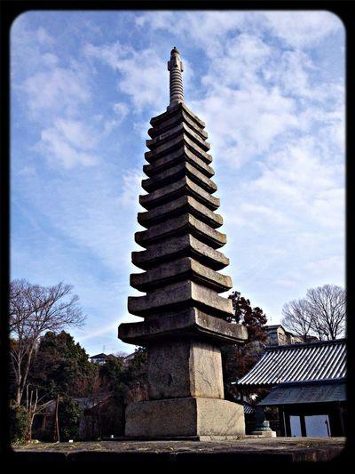 般若寺 十三重石塔(重要文化財) 南宋の石工・伊行末が建立。高さ14.2m The Purist (no Edit, No Filter) Taking Photos Temple Pagoda