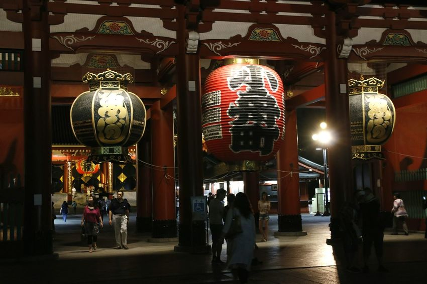 Lanterns Lantern Lanterns In The Dark Lantern Light Japan Photography Sensojitemple Senso-Ji Temple Tokyo Street Photography Tokyo Night Tokyo Japan Tokyo, Japan Tokyo Photography Japan Photos 浅草(asakusa) Japan Asakusa 東京 浅草 Tokyo,Japan Shrine Sensoji Temple  Asakusa, Tokyo Sensoji Temple  Shrines & Temples Asakusa At Night