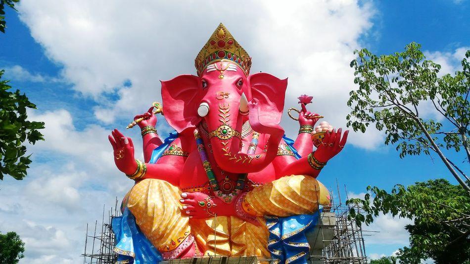 Ganesha Ganesha Statue God Religious  Shrine Hindu Gods Hindu Hinduism Hindu Culture Temple Elephent Hug Ganesh Ganesha Statue India Indian Culture India Culture ASIA Asia Culture Mix Yourself A Good Time