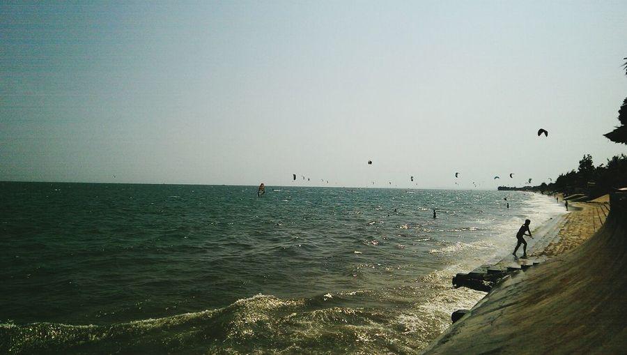 kitesurfers in mui ne, vietnam Kitesurfing Windsurfing Vietnam