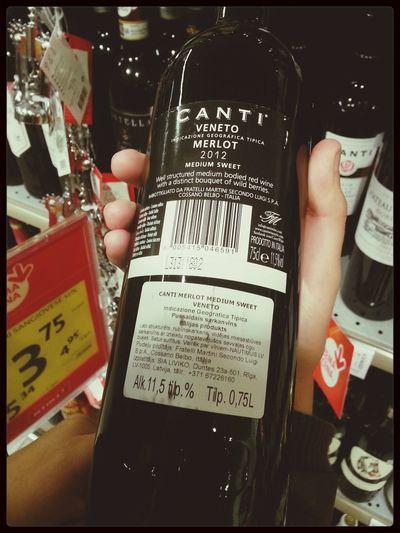 par vīniem... medium-bodied ir vidējas miesasbūves tiešām? O_o