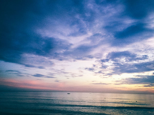 Beauty In Nature Blue Cloud Cloud - Sky Cloudy Dramatic Sky Hoang Ann Horizon Over Water Huế Minimalism Nature No People Nothingisordinary Ocean Orange Color Outdoors Scenics Sea Seascape Sky Sunrise Sunset Tranquil Scene Tranquility Water