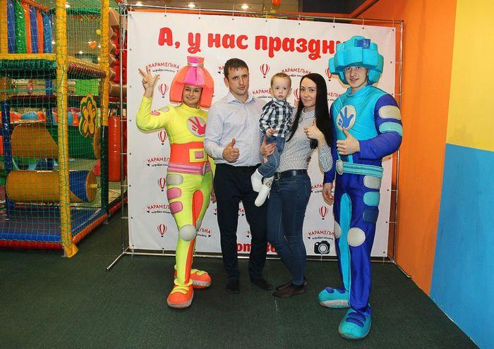 Иркутск Фотосессия деньрождения малыш родители