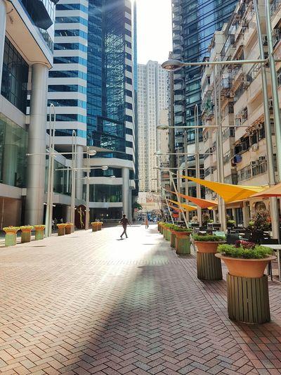 capture the beauty of Hongkong Enjoying Life