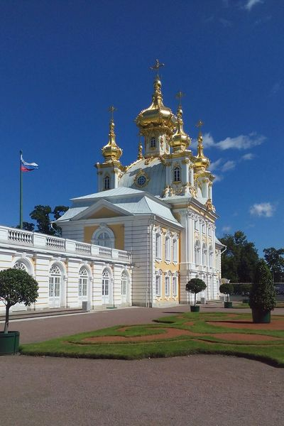Religion Architecture Sky Place Of Worship No People Spirituality Built Structure Outdoors Building Exterior Day Gold Russia St. Petersburg Питер ❤️ Питер Museum Sculpture Petergof King - Royal Person Travel Destinations Royalty History Architecture Chirch Ortodox Church
