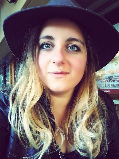 Girlswithpiercings Blonde Girl Selfie ✌ Brondehair Indianajones Blue Eyes Smile :) Girls Me Myself And I Selfportrait