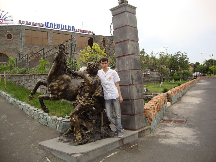 Musa ler restaurant Colors Croatia Musaler Adult Architecture Building Exterior Built Structure Casual Clothing City Cross Stones Day Daylight Flowers, Nature And Beauty Full Length Mammal Nature One Person Outdoors Plant Real People Representation Sculpture Statue Young Adult Focus On The Story