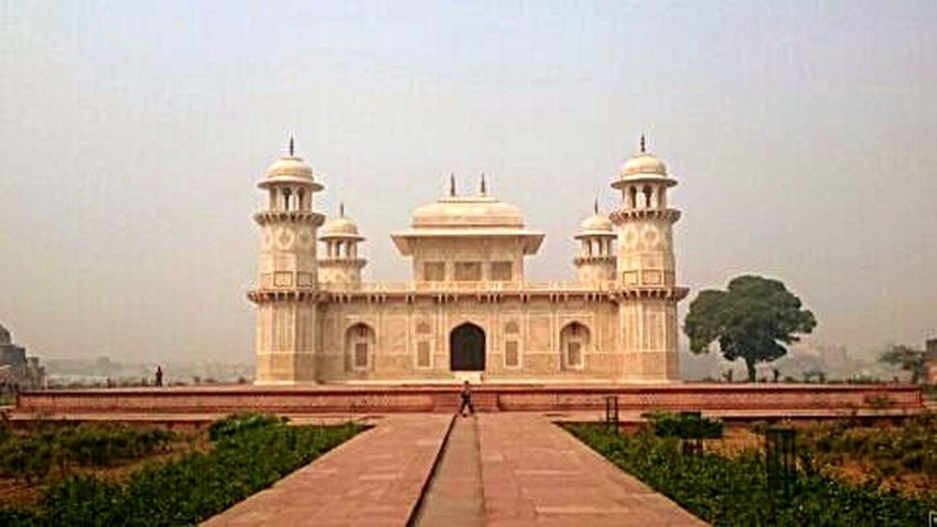Outdoors Building Exterior Travel Destinations Architecture Built Structure No People Cultures Travel MughalStyle Mughal Mughalarchitecture Mughal Architecture Mughals India Agra Baby Taj Baby Taj Mahal Tomb Tomb Of I'timad-ud-daulah