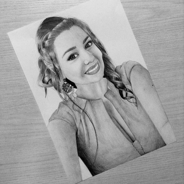 Portrait Young Women Art Drawing, Painting, Artwork Drawingwork Drawingart Drawingtime Drawingoftheday Drawn By Me Drawing Draw Drawer Beautiful Beauty