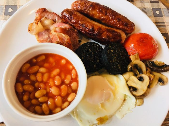 Irish breakfast Irish Breakfast Food Food And Drink Ready-to-eat Freshness Healthy Eating Meat Plate Food Food And Drink Ready-to-eat Freshness Healthy Eating Meat Plate Close-up Baked Beans Tomato Meal