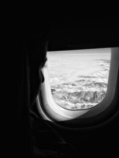 Winter Photo Day Осень 🍁🍂 самолет горы Полет Чб чернобелоефото