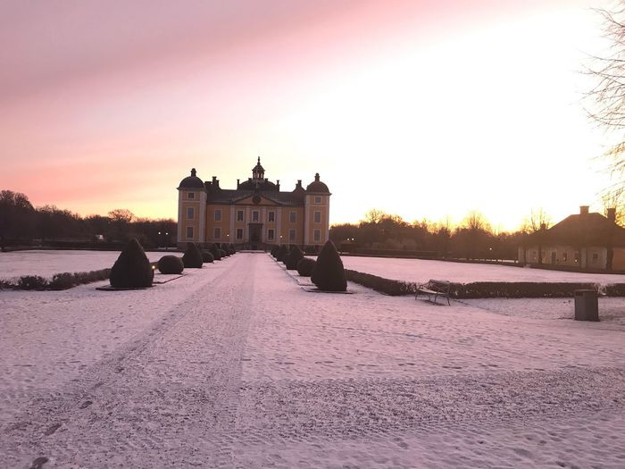 Sunrise by the castle Architecture Castle Built Structure Building Exterior Sky Nature Water Sunset History Building Beauty In Nature No People Sunlight Travel Destinations Outdoors Tourism The Past Travel