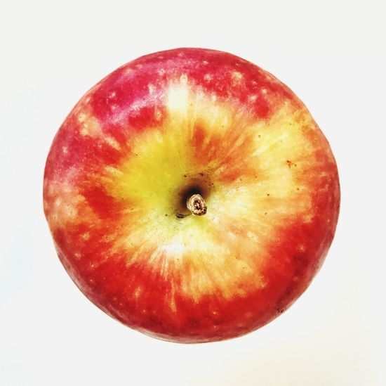 Apple Fruit Food And Drink Food Healthy Eating Red Freshness White Background Studio Shot Close-up No People Apple