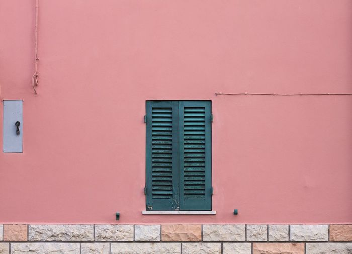 Architectural details in Italy Architecture EyeEm Best Shots EyeEmNewHere Façade The Week On EyeEm Architecture Building Exterior Built Structure Close-up Day Door Facade Building No People Outdoors Window