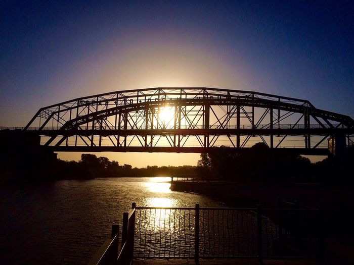"Decompressing this morning at the ""The Ocean To Ocean Bridge"" after a long Nightshift. Bridge Beauty In Nature Outdoors Riverbank Riverscape Life Decompressing Sun Rises For A New Day Sun Rise Sun Rays Calmness Calmness & Water The Week On EyeEm Perspectives On Nature"