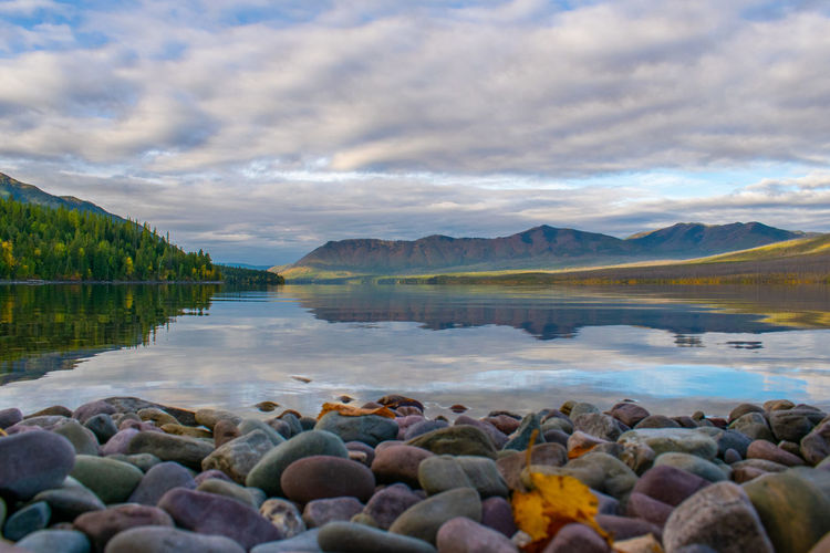 Lake McDonald, Glacier National Park Glacier National Park Lake Mcdonald Reflections In The Water Relfection Lake Landscape Autumn Mountains
