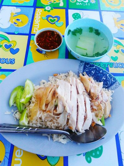 Chicken and rice Food No People Close-up Ready-to-eat Freshness Meal Dish Food Styling Si Racha Thai Foods Healthy Eating Food And Drink Chicken Rice Yummy♡ Day Cuisine