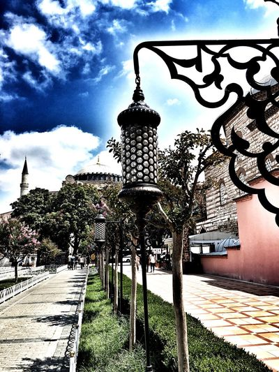 Photooftheday Photo Moments Cloudscape Sky And Clouds Clouds Sky Hagiasophia  Ayasofya Ayasophia Istanbul Istanbuldayasam Istanbul City Sultanahmetsquare Museum Art History Historical Building Traveling Trip Day Skyline Awesome Istanbulda1yer