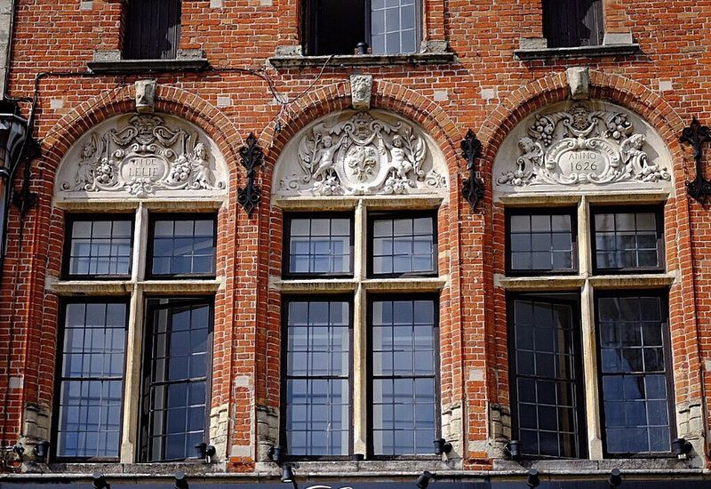 Architecture façade de Bruges Architecture Building Exterior Window Built Structure Travel Destinations No People Day Outdoors City Fame Close-up