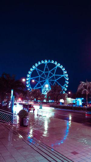 First Eyeem Photo EyeEm Selects Neon Lights Ferris Wheel At Night Ferris Wheel