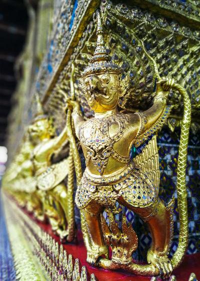 Temple Thailand Garuda