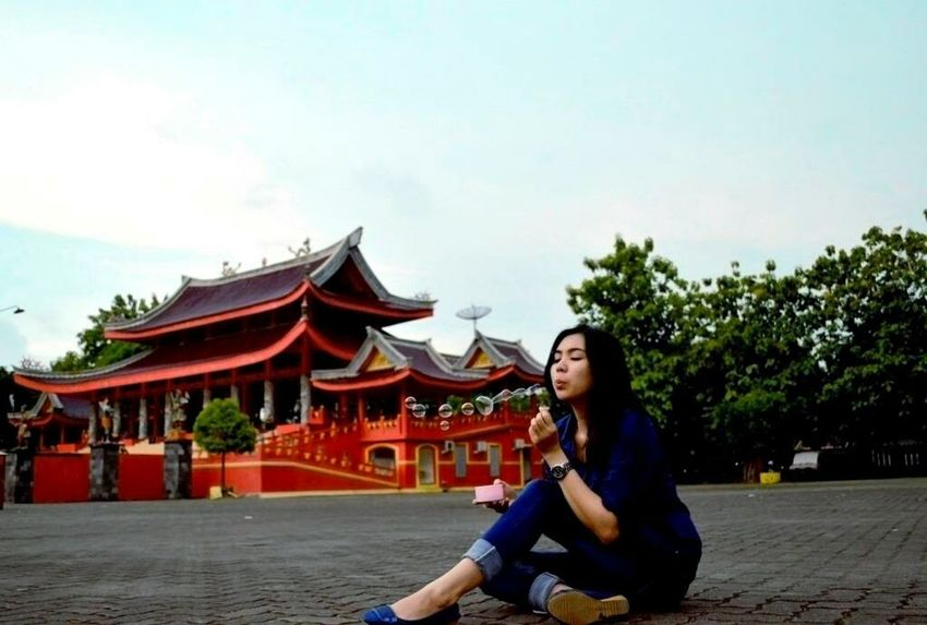 Blowing Happiness in The Temple Outdoors Travel Destinations Architecture People City Travel Tourism Motion Young Women Beautiful Woman Sky City Smiling Day Beautiful People One Young Woman Only One Woman Only Only Women Women Portrait Sam Po Kong Temple Semarangphotography Semaranghits Semarang , Indonesia Joyfulmoment