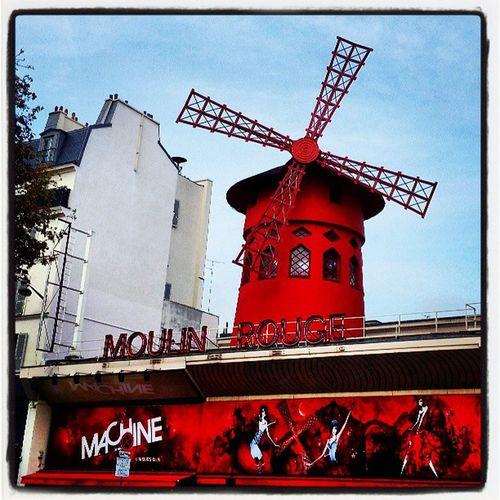 Le Moulin Rouge Paris Visitparis Moulinrouge France