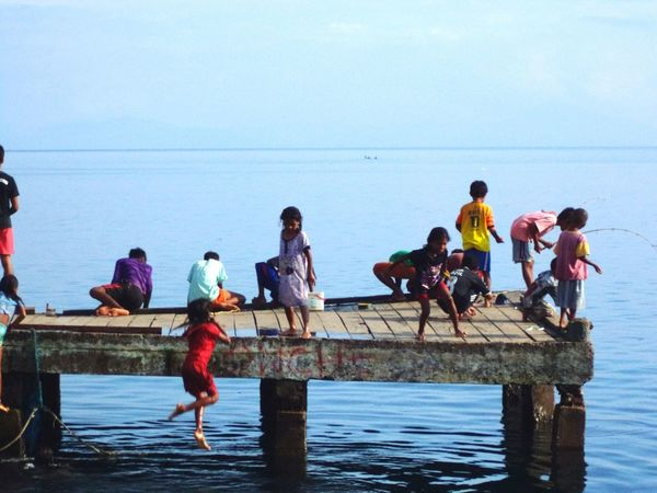 dermaga activity Indonesian Indonesia_photography Halmahera Selatan Cultural Halmahera Visit Indonesia Daily Life Pesona Indonesia Sea Sky The Photojournalist - 2018 EyeEm Awards
