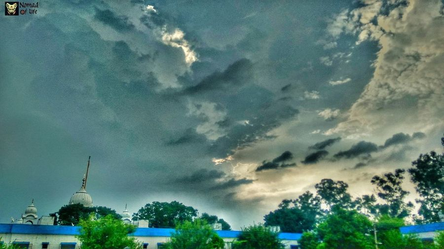 Clouds fascinate me... 😍🇮🇳 Tree Sky Outdoors Night Nature No People Beauty In Nature Scenics Milky Way Astronomy Galaxy Traveldiary2017 Rainy Days☔ Photography Cloudscape Beauty In Nature Shotoftheday High Angle View Mountain Dramatic Sky Cloudscapes Nature_collection Green Color Cityscape Travelgrams
