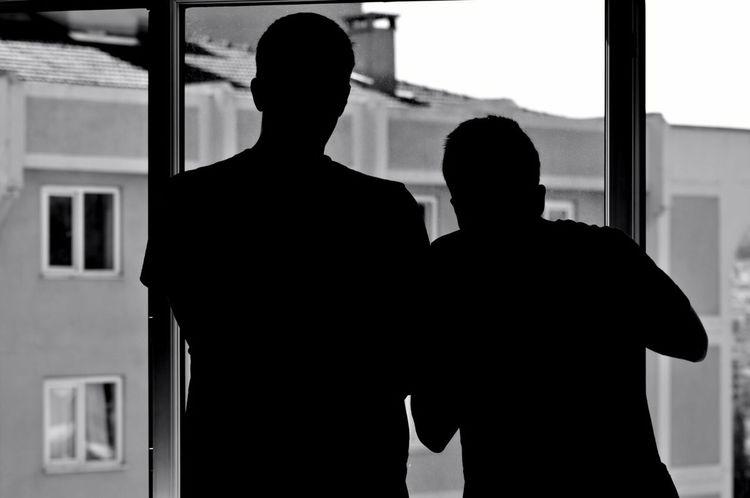 Bnw Blackandwhite Siyahbeyaz Kardeşim Kardes Candır Pencere Window