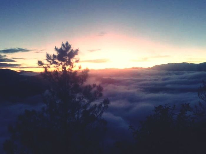 Wanna back here again. No place can beat the beautiful sunrise in Sagada, Philippines Keltipan View Point Baguio City, Philippines Strawbe Refreshing :) Throwbackmemories