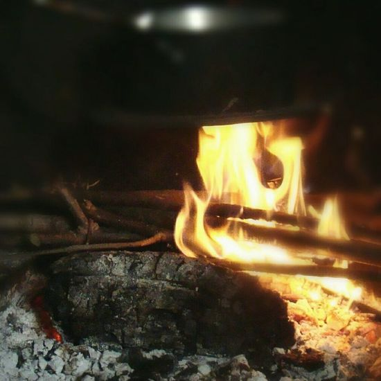 Flame Fireplace Burning The Week Of Eyeem Scenics Still Life Oldfarmhouse RuralExploration Meal Preparation Mealtime Eyeem Meal Time Happy Is Friends. 😁😁😁👌 Mealtimefun
